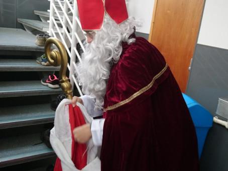 Der Nikolaus besucht die DSS Cambridge!