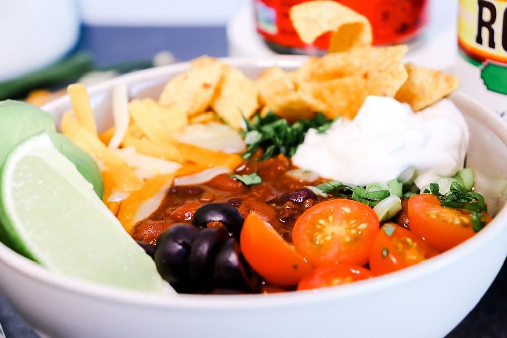 Chili bowl, vegetarian chili, bean chili