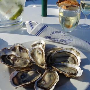 Huîtres à tout heure, de Veules ou de Pourville....