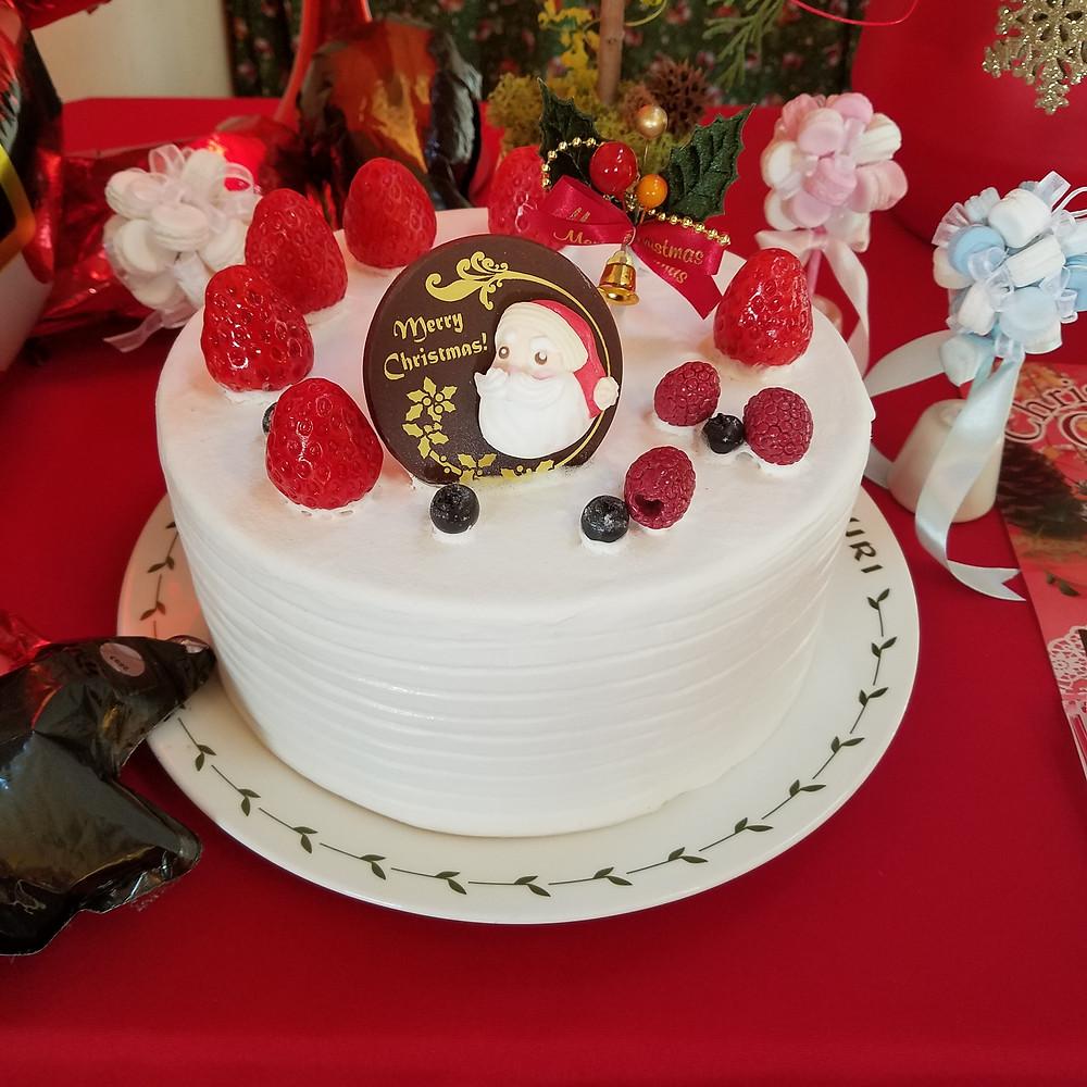 今年のクリスマスケーキの見本ができあがりました!