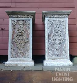 Pair of Pillar stands