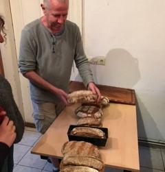 Brot, Spiele und viel Besuch an einem Donnerstag