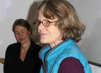Würde und Kommunikation. Mit Nayoma de Haen aus Berlin.