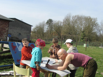 Arbeit für die Holzwerkstatt: Schaukasten bauen