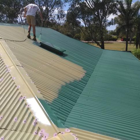 Spraying roof