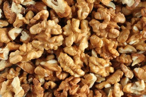 Walnuts per 100g