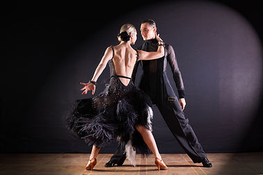The-Different-Types-of-Ballroom-Dancing-
