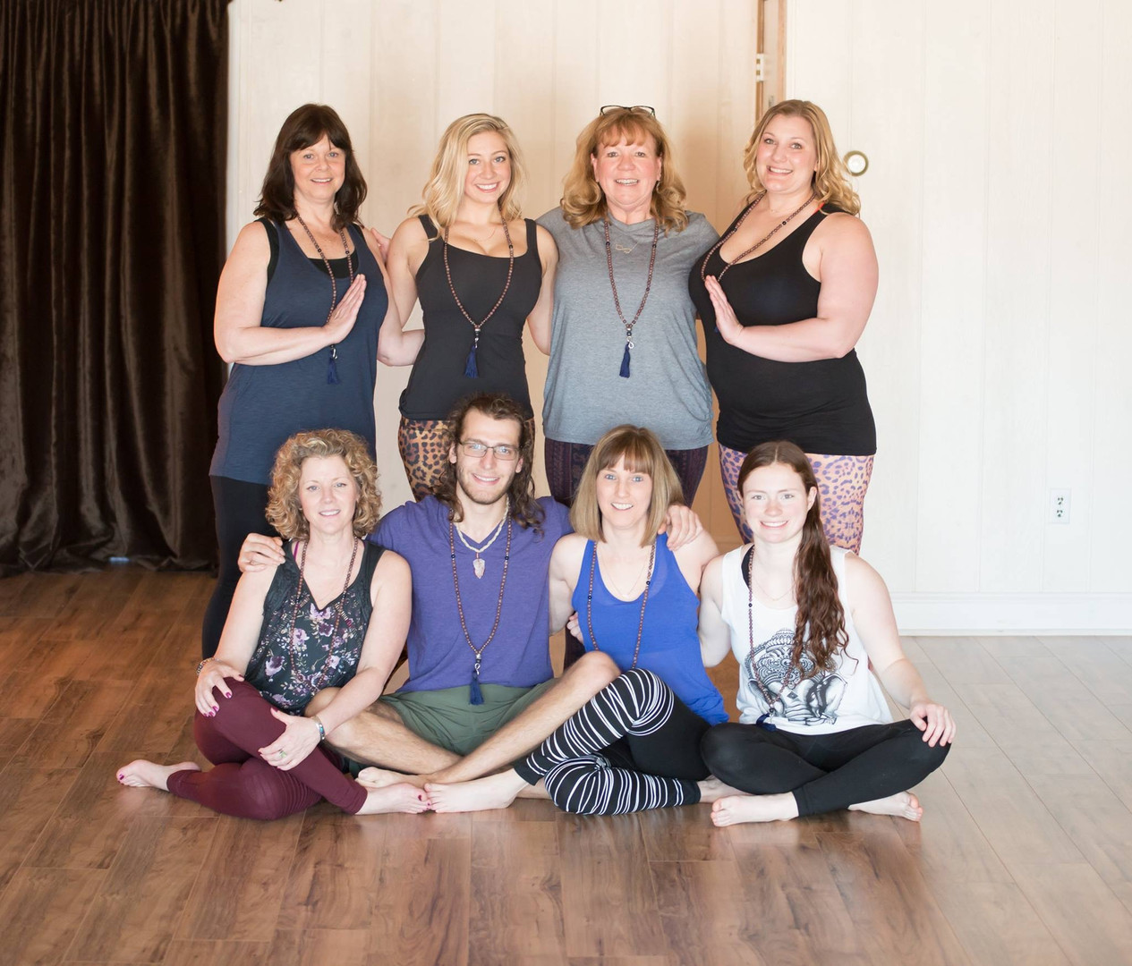 infinitYOGA Group 3