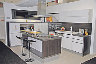 E-Küchen-Design_Küche_4C_DSC_4736.jpg