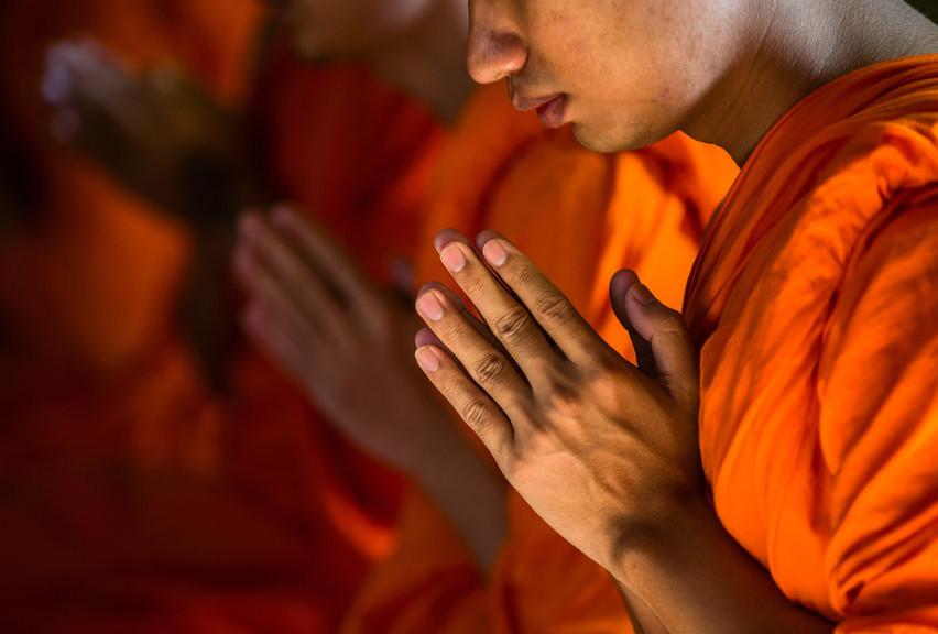 Monk_Praying (1)