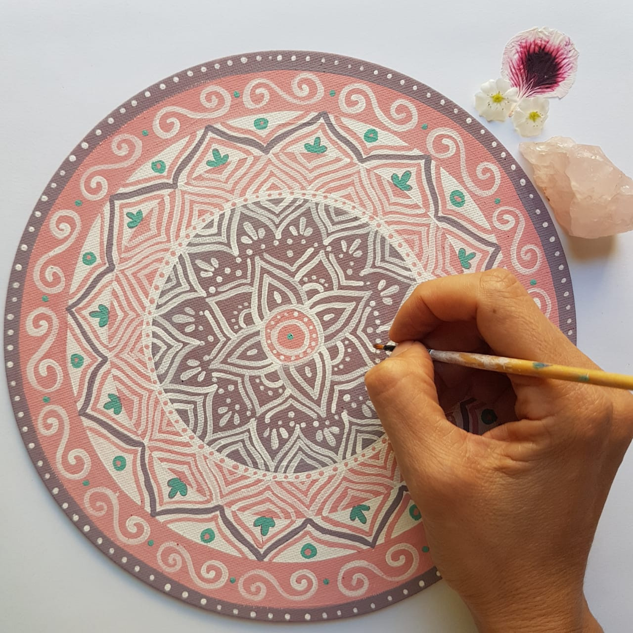 Small mandala on canva available on etzy shop