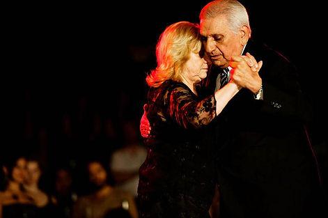 tango Rosa Forte y Carlos Pérez.jpg