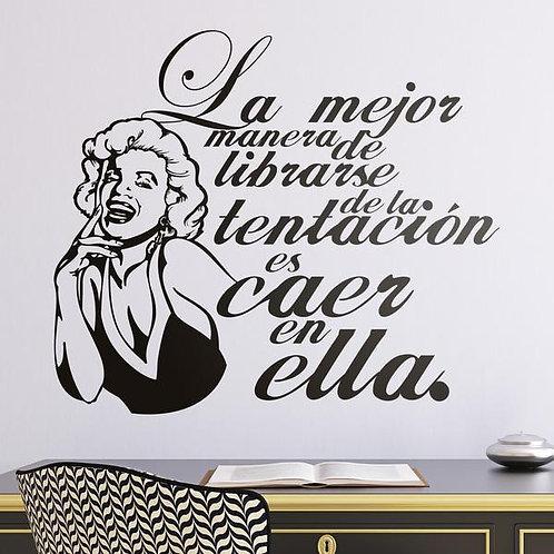 Vinilo de pared frase Marilyn Monroe sobre la tentación