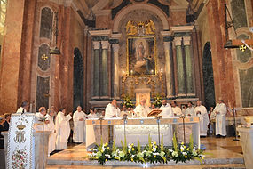 A vescovo altare.jpg