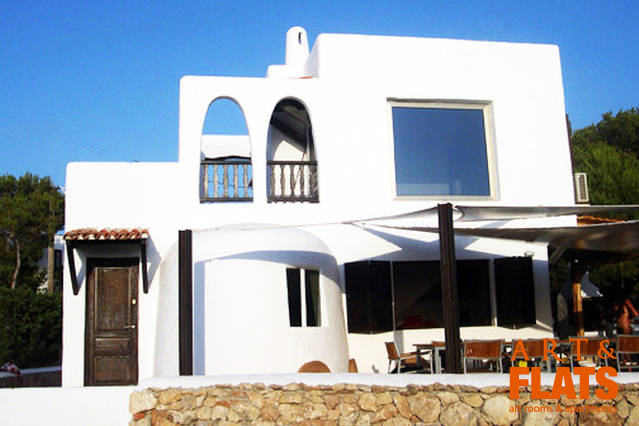 can margarida_2 artandflats ibiza.jpg