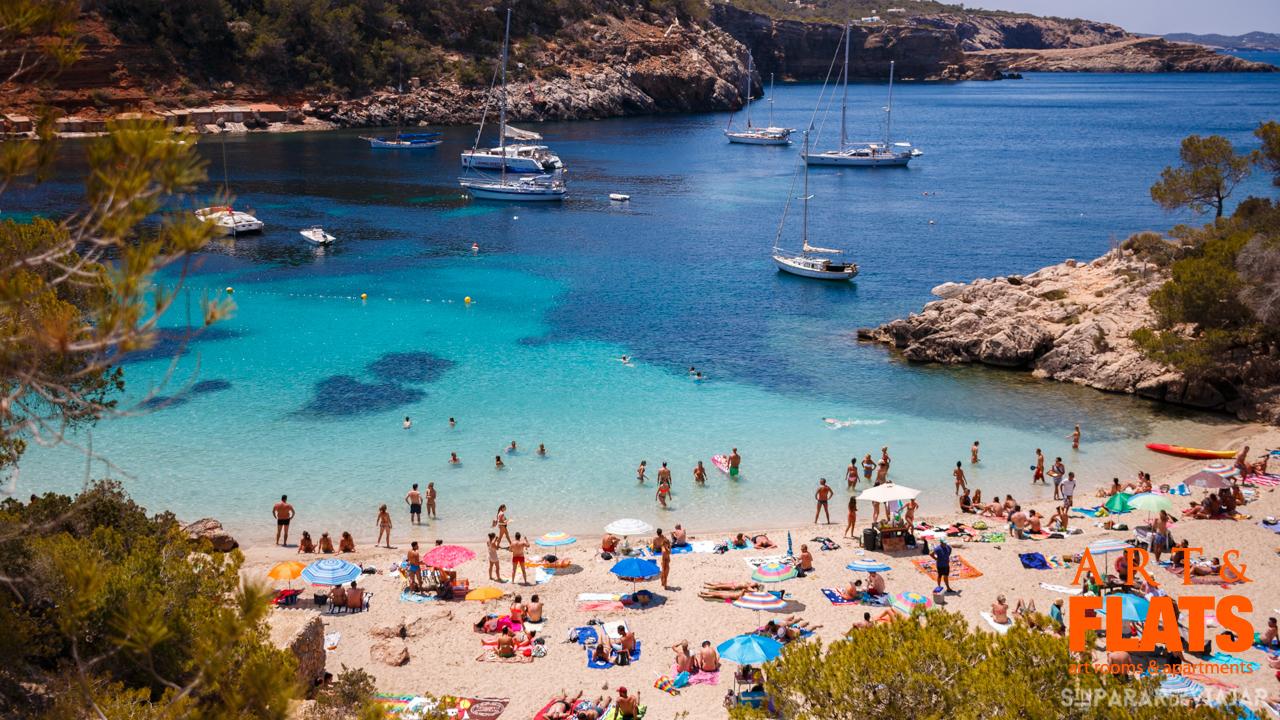 artandflats-ibiza-Cala-Saladeta-Ibiza-02.jpg