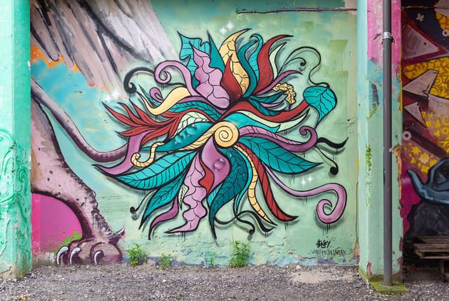 Mural   spraycans, paint  collaboration with Henky  paint, spraycans, ink  Groningen, Suikerunieterrein 2019  photo by: Hanne van der Velde