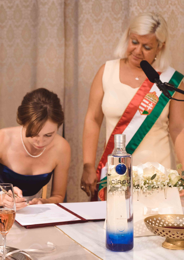 budapest-wedding-ceremony-23.jpg