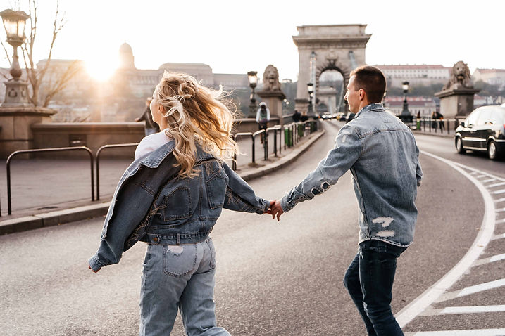 couples-photoshoot-in-budapest-12.jpg