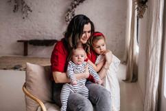 christmas-family-photoshoot-budapest-9.j