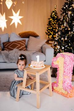 christmas-studio-photoshoot-24.jpg