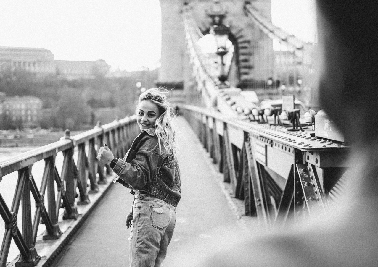 couples-photoshoot-in-budapest-15.jpg