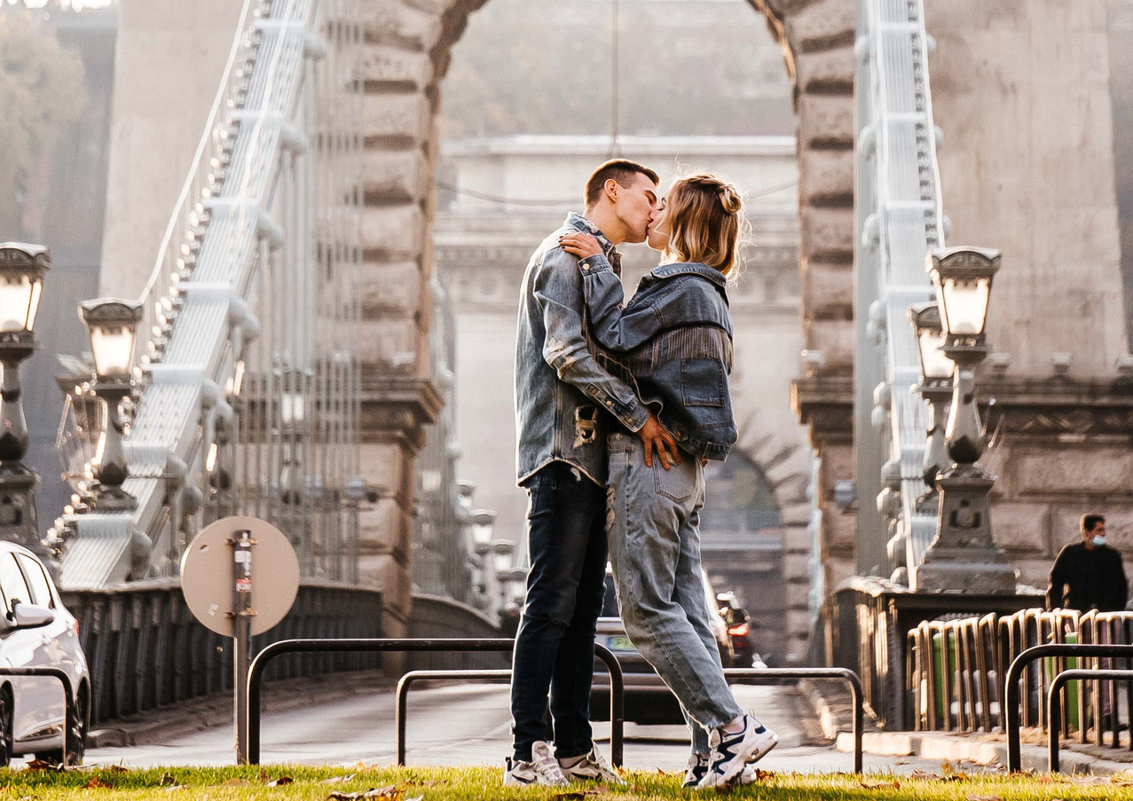 couples-photoshoot-in-budapest-8.jpg