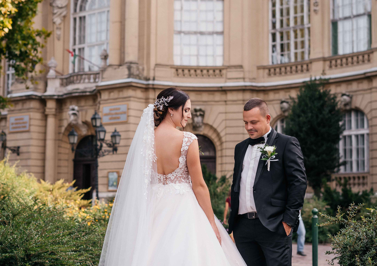 budapest-wedding-photographer-2.jpg