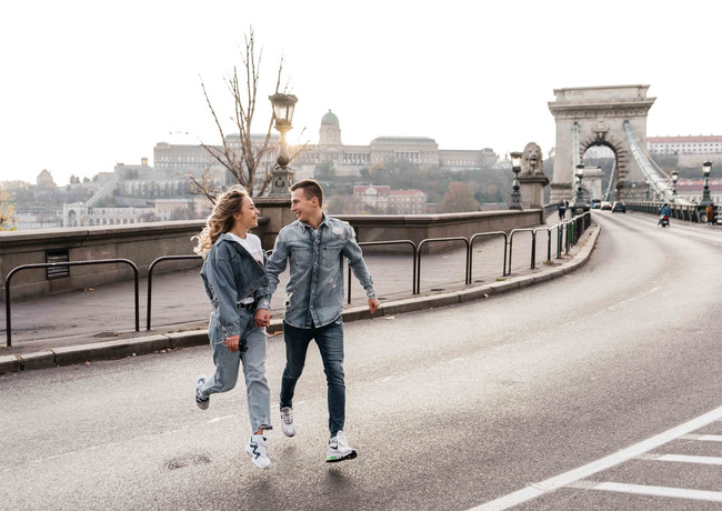 couples-photoshoot-in-budapest-10.jpg