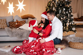 christmas-studio-photoshoot-34.jpg