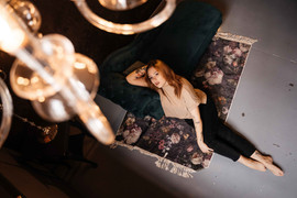 studio-photoshoot-budapest-17.jpg