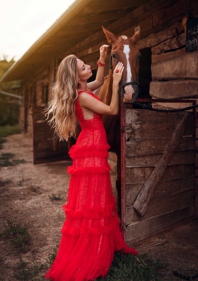 photoshoot-with-horses-8.jpg