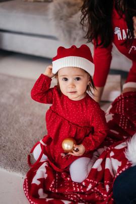 christmas-studio-photoshoot-33.jpg