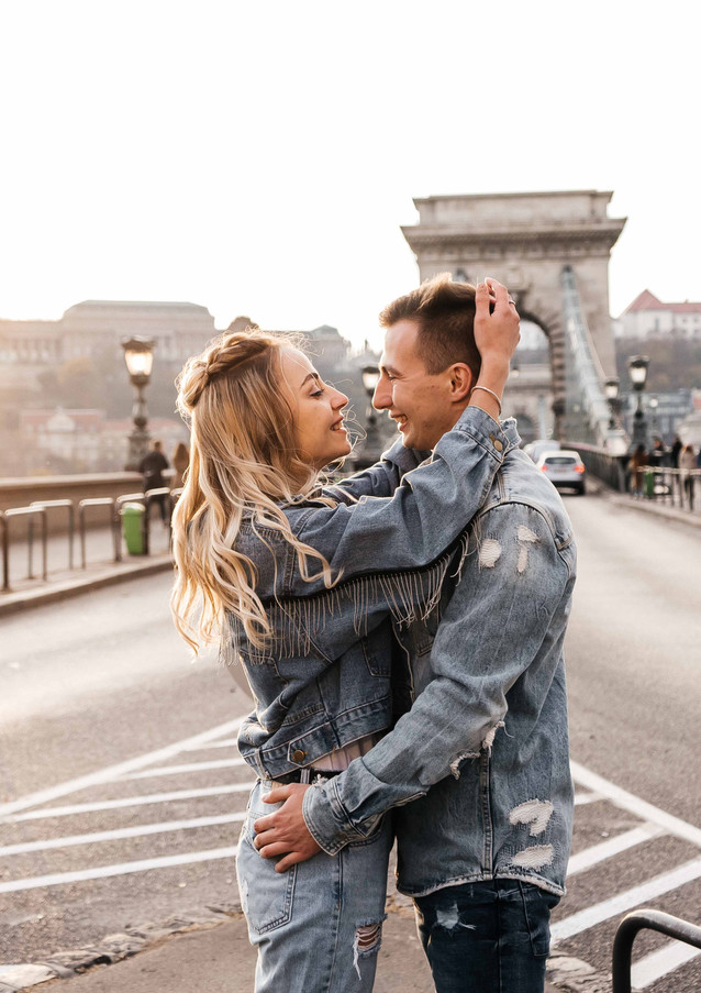 couples-photoshoot-in-budapest-11.jpg