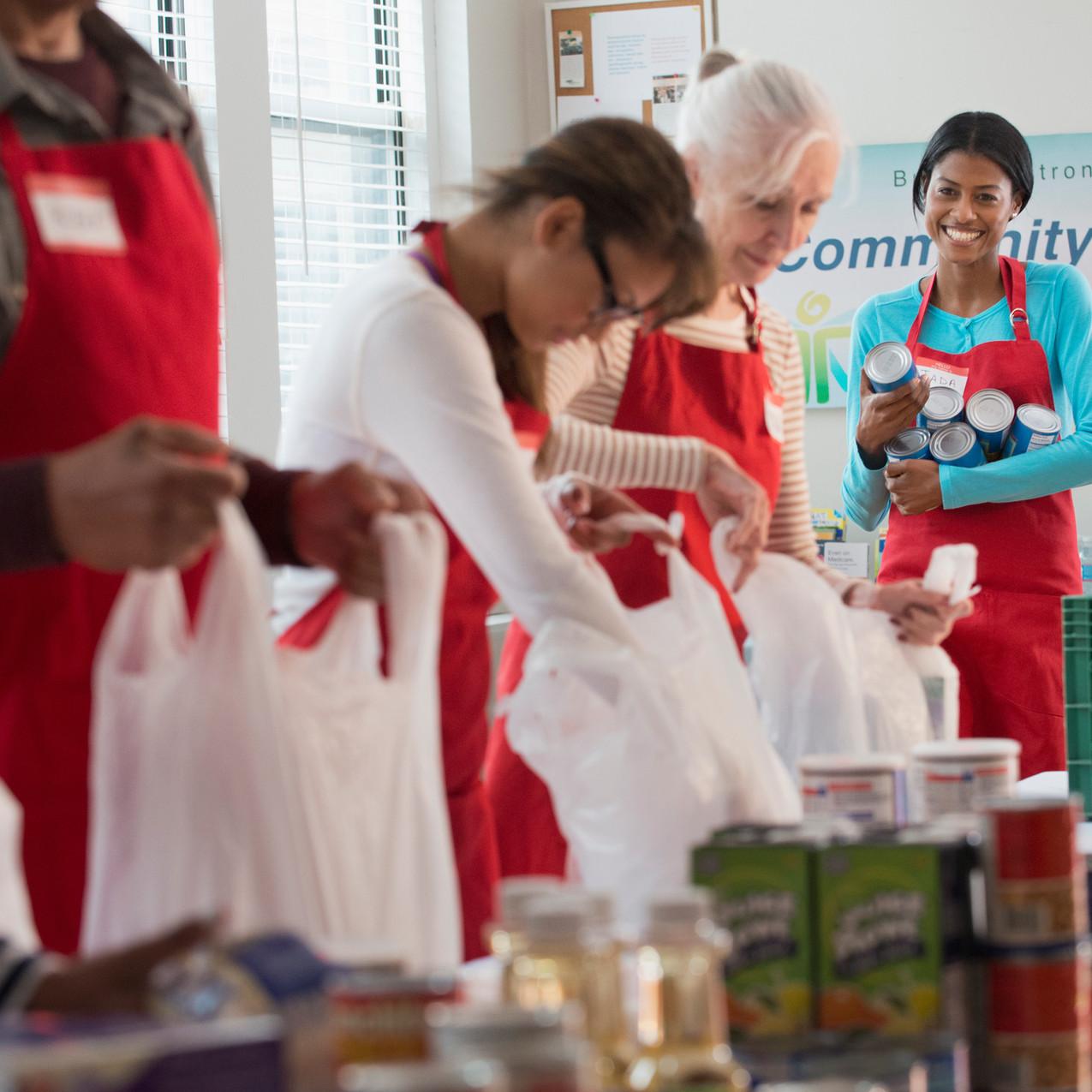 식품 포장 자원 봉사자