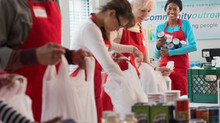 """ELEKTRA GIVES BACK & ATLANTA'S CENTER STAGE HOST """"FEED THE CREW!"""" FOOD DRIVE"""