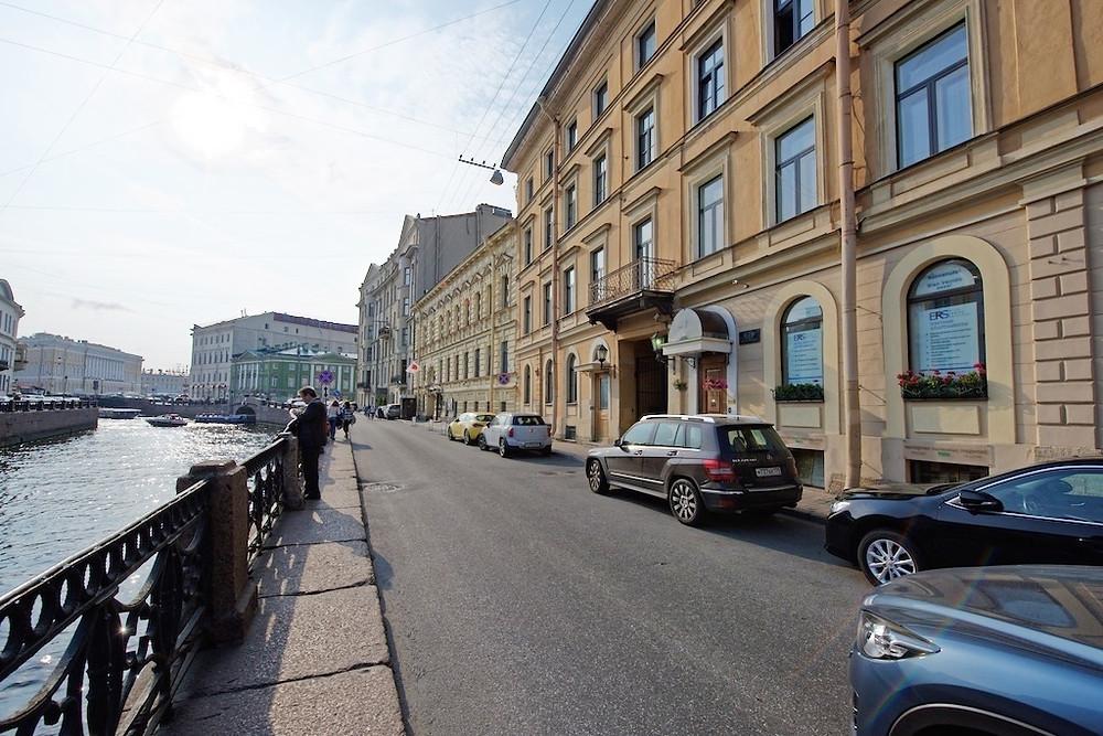 Квартира посуточно в центре Петербурга Набережная реки Мойки, 27