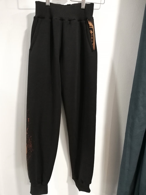 Arteror Female Joggers Black