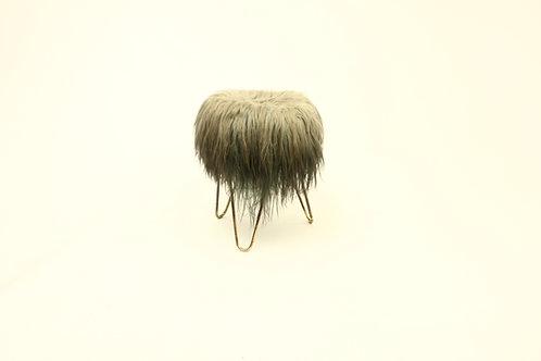 Fur stool/Stolička