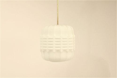 Milk glass pendant/Skleněný lustr