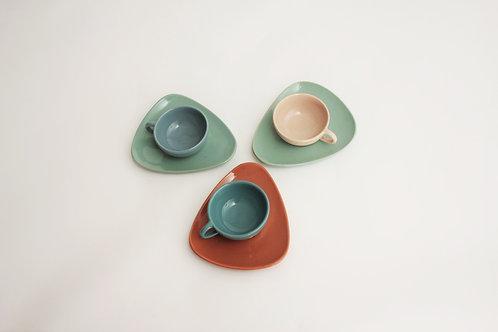 Souprava 3 hrnků s podšálky/Set of 3 cups