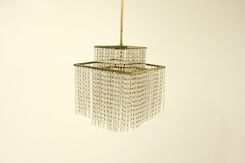 Glass chandelier/Lustr s ověsy