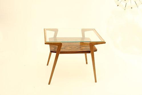 Walnut cofee table/Kávový stolek