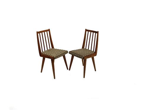 Dining chairs/Pár židlí