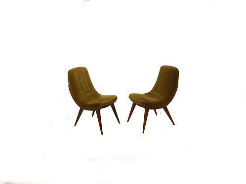 Club chairs/Klubovky