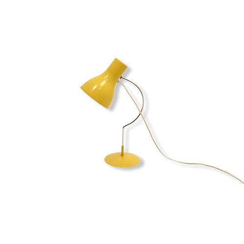Desk lamp/Žlutá lampička