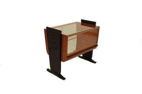 Servírovací stolek/Serving table