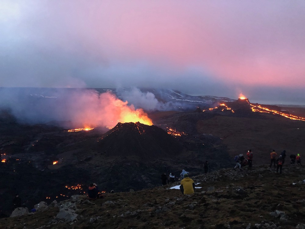 Volcano, Geldingadalir, eruption, hiking, nature, Iceland, úrvör, vefrit, Emanda Percival
