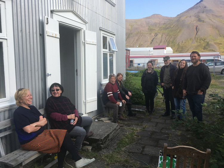 Herhúsið, Siglufjörður, gestavinnustofa, landsbyggðin, norðurland, list, úr vör, vefrit