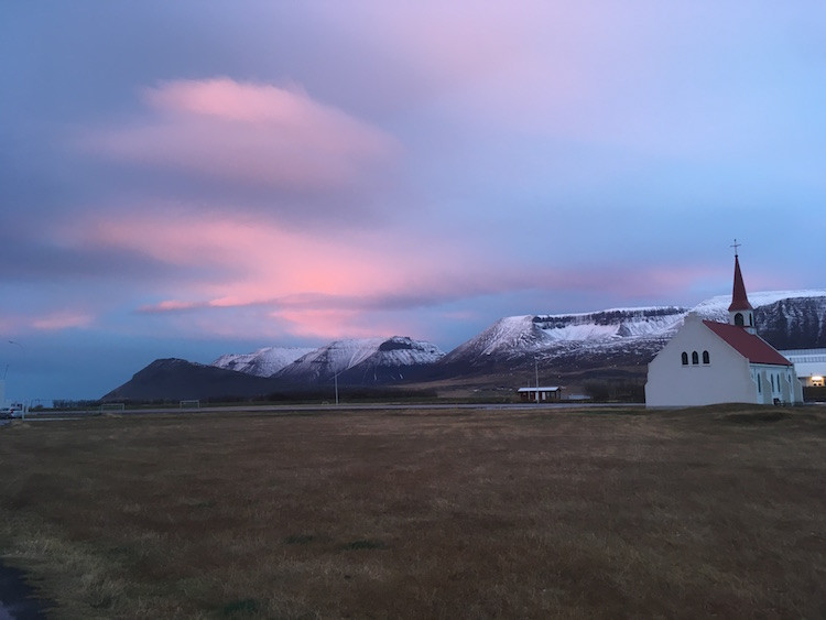 Arnhildur Lilý Karlsdóttir, Þingeyri, Vestfirðir, landsbyggðin, úr vör, vefrit